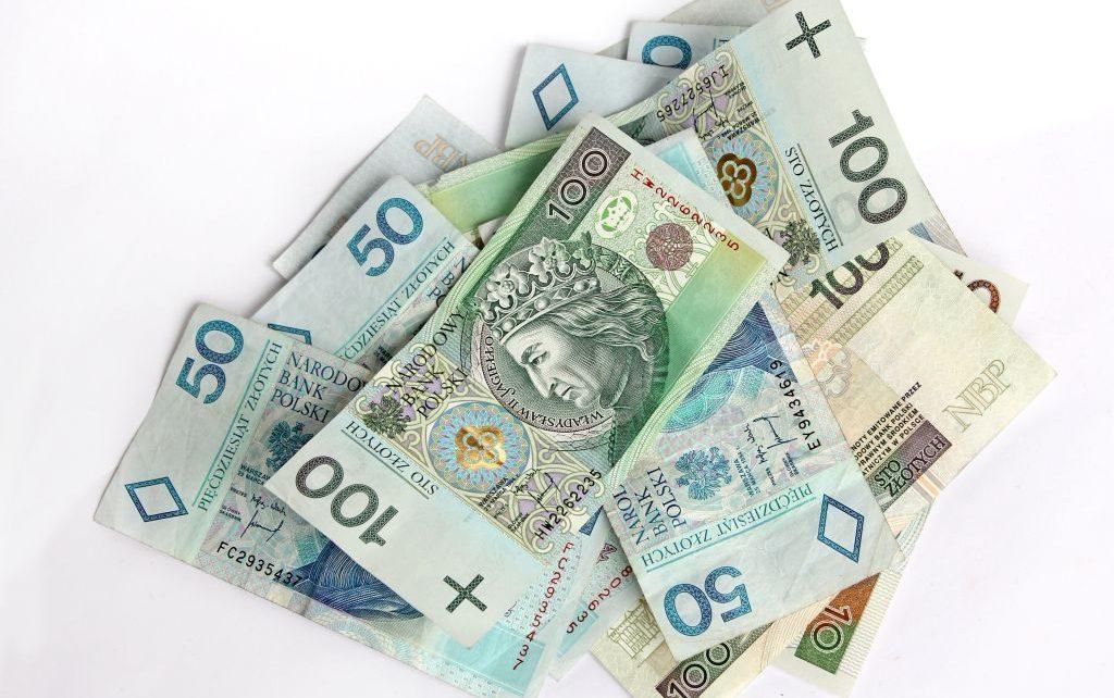 Pożyczyć łatwo, spłacić trudniej - jak wyjść z pętli chwilówek?